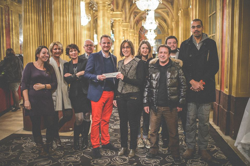 Remise cheque Operation On croit au Pere Noel
